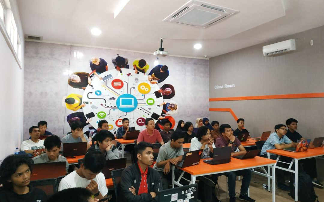 DILo Makassar dan Komunitas Programmer Makassar hadirkan workshop Introduction ReactJS